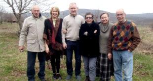 Lietuviai senjorai išėję į pensiją, kasdienybę leidžia Bulgarijos kaime Slavyani.