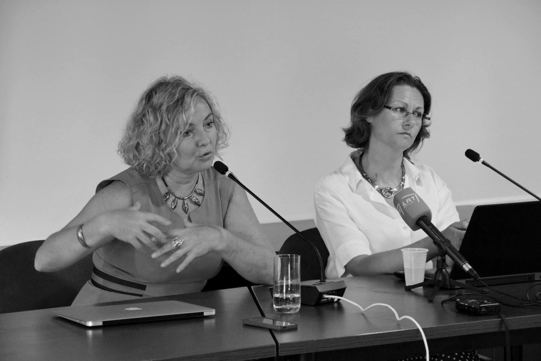"""Rašytoja pernai tarptautiniame šiuolaikinės literatūros forume """"Šiaurės vasara"""" Biržų krašto muziejuje """"Sėla""""."""