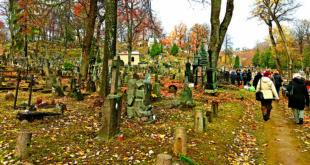 Pasivaikščiojimas Rasų kapinėse.