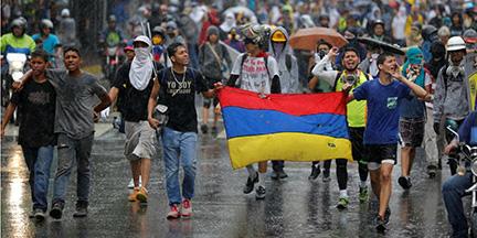 Venesueloje dėl susiklosčiusios ekonominės ir politinės situacijos tapo nesaugu gyventi