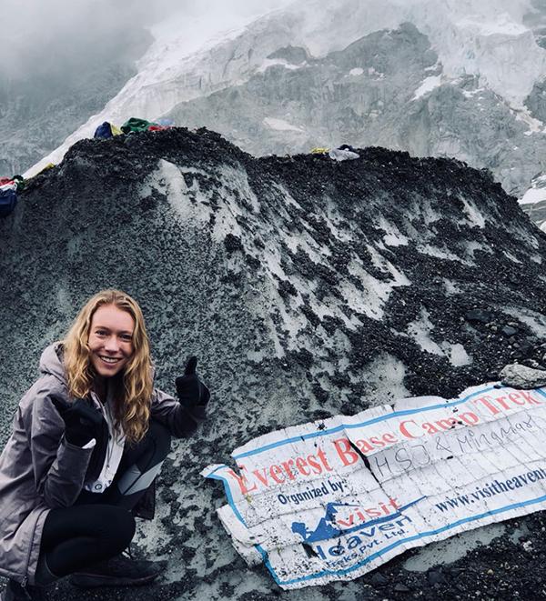 Evereste.