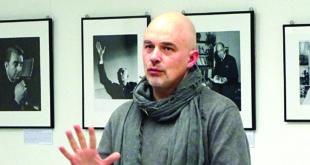 G. Česonis sakė, kad Lietuvoje tai pirmoji A. Kezio portretų paroda.